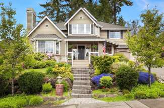 Updated Two-Story | Forest Ridge | Bellevue