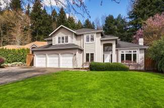 Traditional Two-Story | Bridle Trails | Kirkland