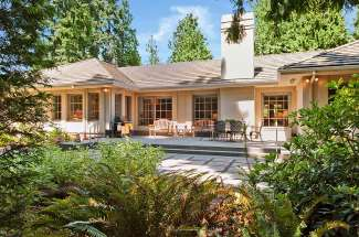 Gated Luxury Rambler | Bridle Trails | Bellevue