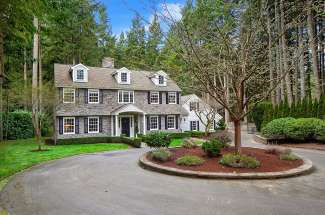 Updated Colonial | Bridle Trails | Bellevue