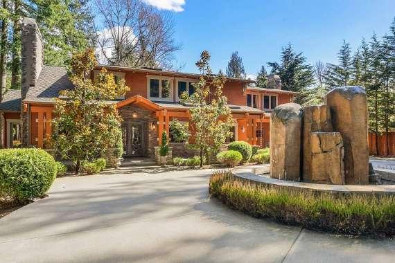 Bridle Trails | Bellevue
