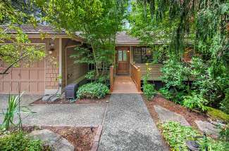 Private Northwest Escape | Winchester Estates | Bridle Trails | Bellevue