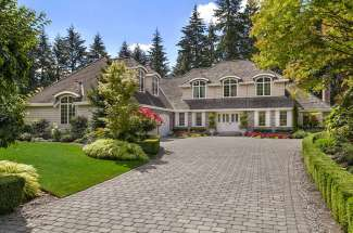 European Flair | Bridle Trails | Bellevue