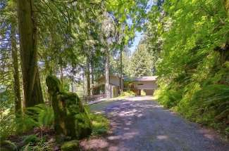 Lodge Style Retreat | Echo Lake | Snoqualmie