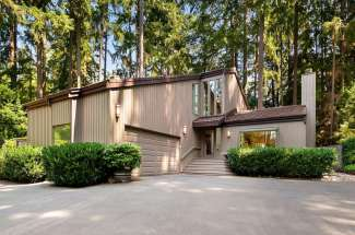 North Creek | Bridle Trails | Bellevue