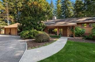 Gated Estate   Bridle Trails   Bellevue