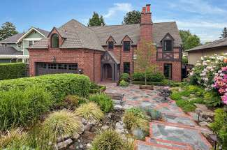 Classic Tudor | Broadmoor | Seattle