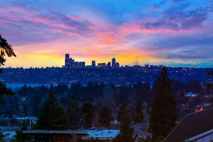 Stunning Views | Clyde Hill xxx